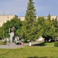 м.Дубляни, центральна площа