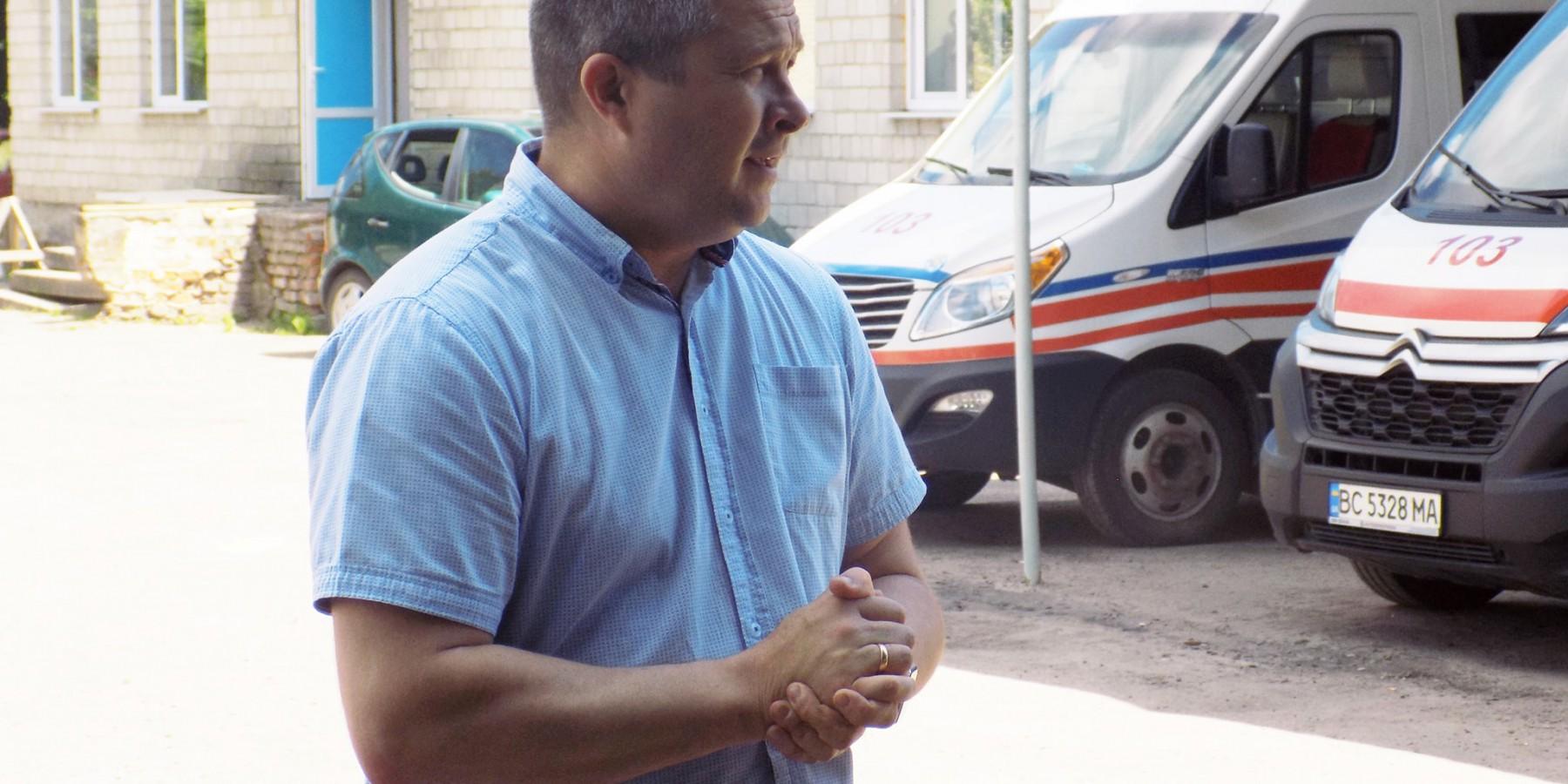 Передача нового автомобіля «швидкої допомоги» пункту екстреної медичної допомоги «Красне»