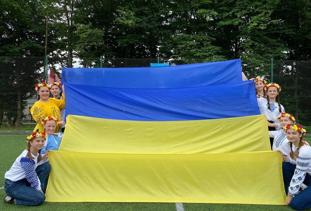 Переглядайте цікаві світлини «Україна - єдина країна».