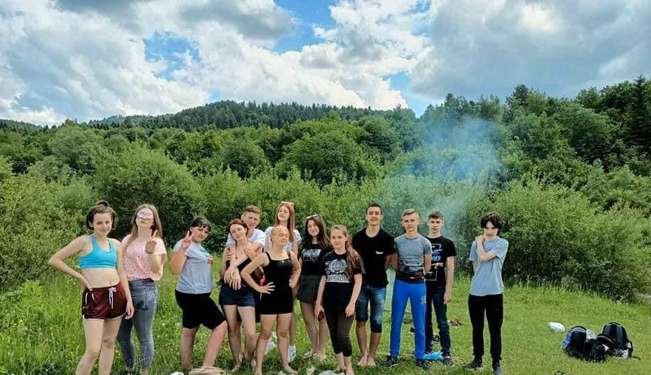 Веселі канікули для учнів 9-10 класів Коропузького НВК