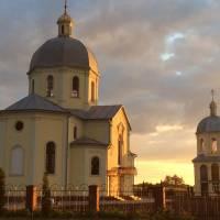 Церква Покрови Пресвятої Богородиці у селі Вихопні