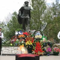 Пам'ятник Костянтину Федоровичу Ольшанському