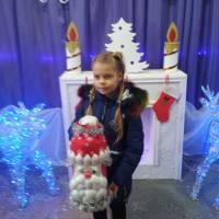 Чебану Софія і новорічна іграшка 1 місце с.Великоплоске