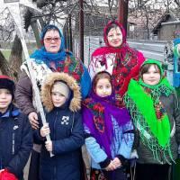 Вітання зі святами з архиву Слов'яносербського СБК