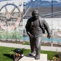 Памятник Ставніцеру О.М