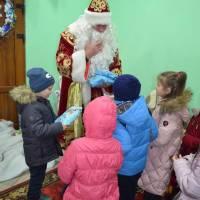 Святий Миколай привітав дітей солодкими подарунками 19.12.2018р.