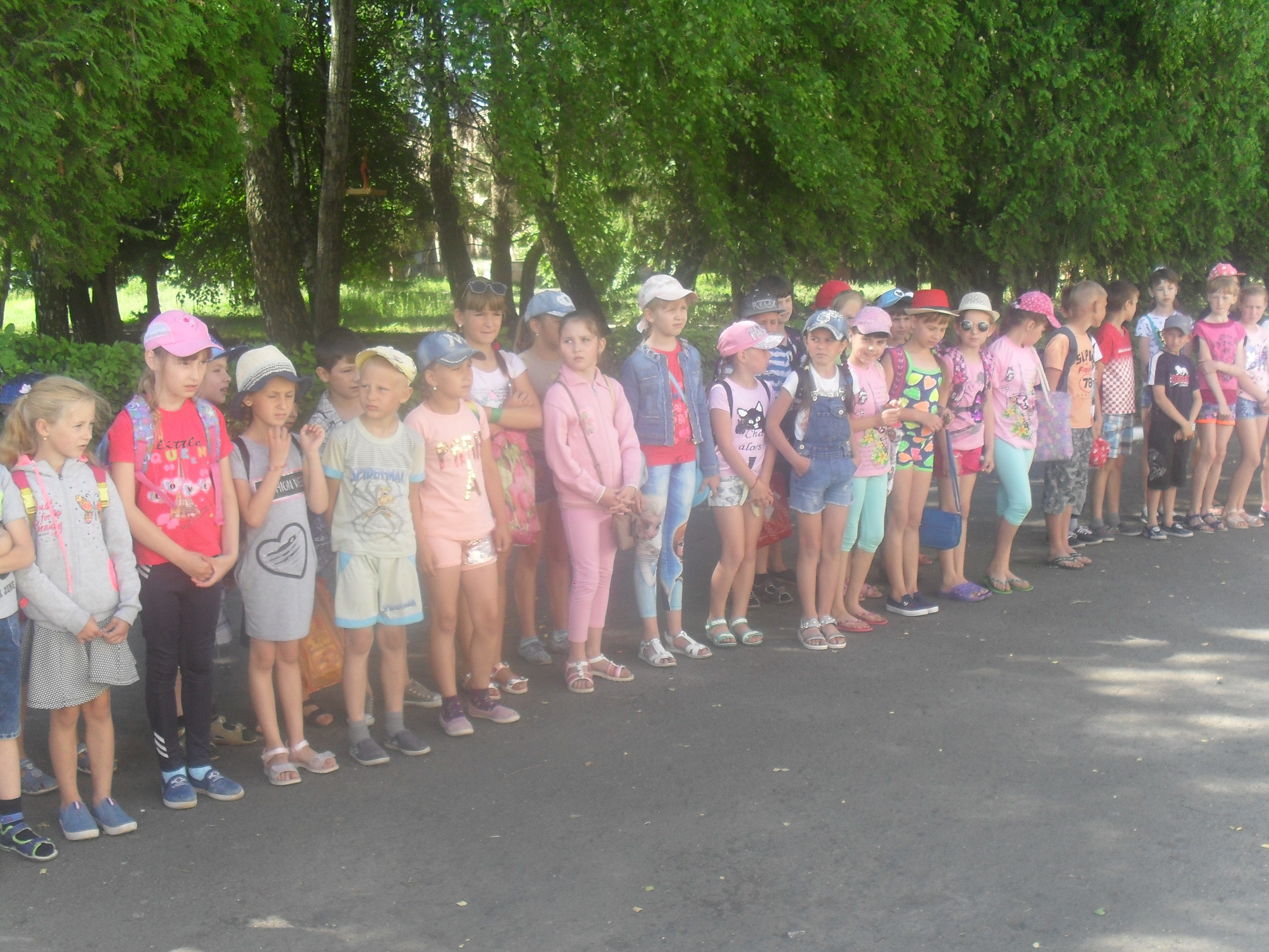 """Відкриття пришкільного табору """"Сонечко"""" в Хрінницькому ліцеї"""