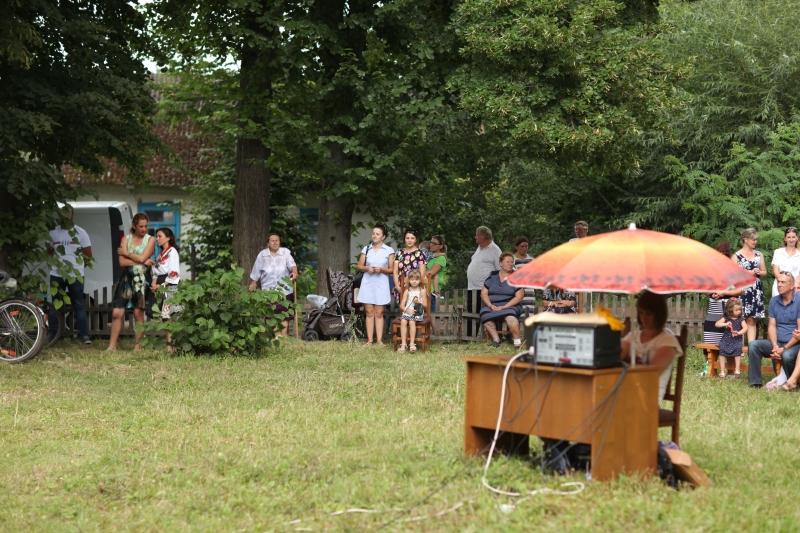 """Святкування фестивалю """"Від села до села, колосяться поля. Нас єднають фестивалі, Ми єдина сім'я"""" в с. Товпижин"""