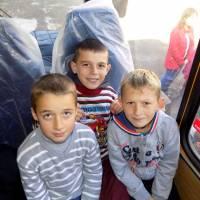 Два нових шкільних автобуси
