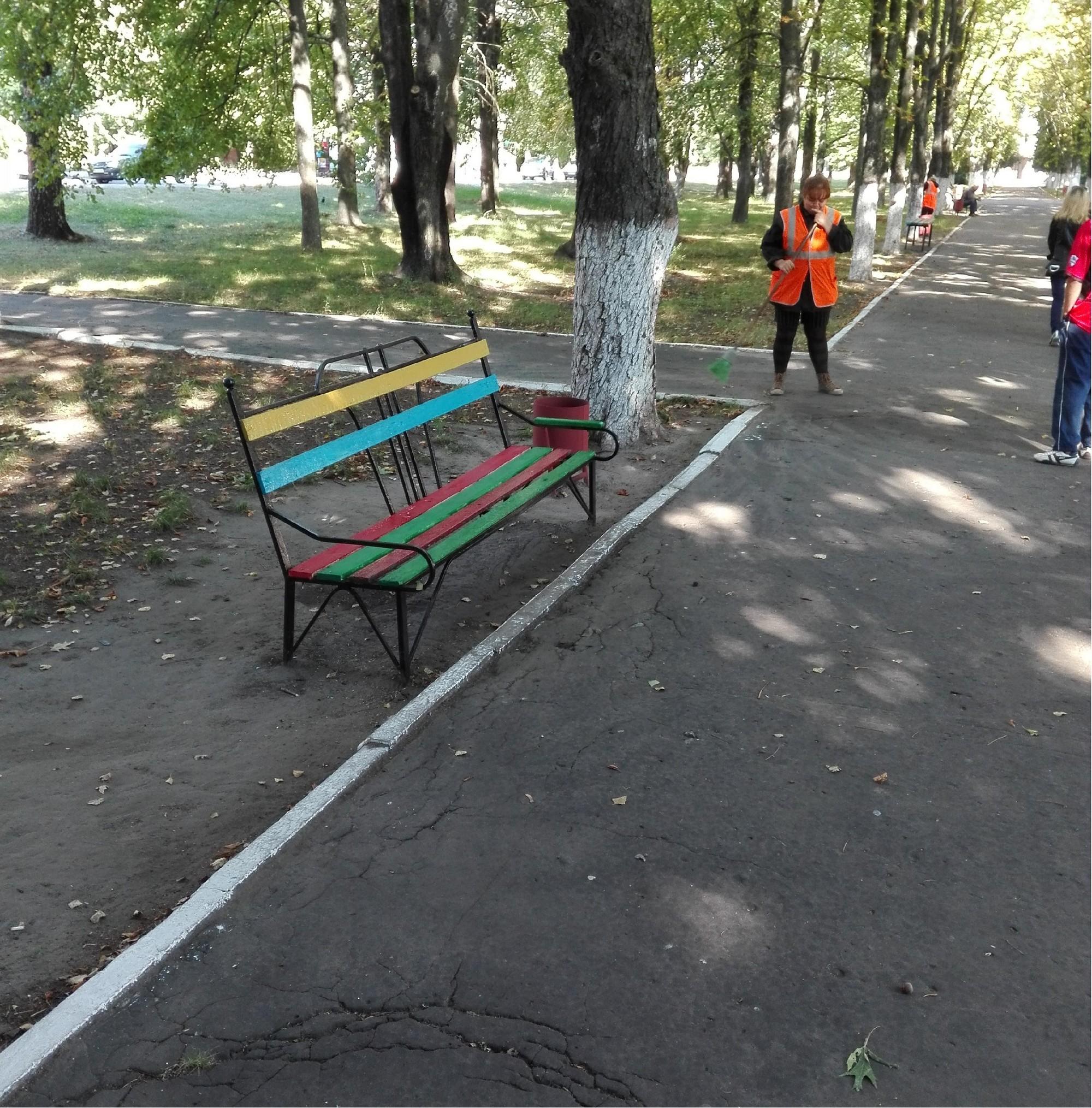В Ямполі вандали чекають на покарання. Чи скоро воно настане?