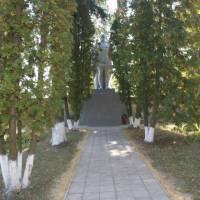 Пам'ятник односельцям, загиблим в роки ВВв