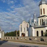 Православний храм, перебудований з костелу св. Петра (сер. ХІХ ст.)