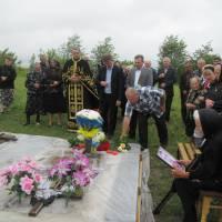 На могілі Героя - учасника АТО Дячука Івана с.Голотки