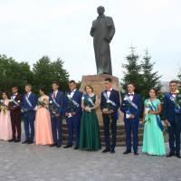 Випускники 2017 року Івнівської ЗОШ