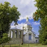 с.Дубівці. Церква Святого Архистратига Михаїла, збудовані у 2011 році