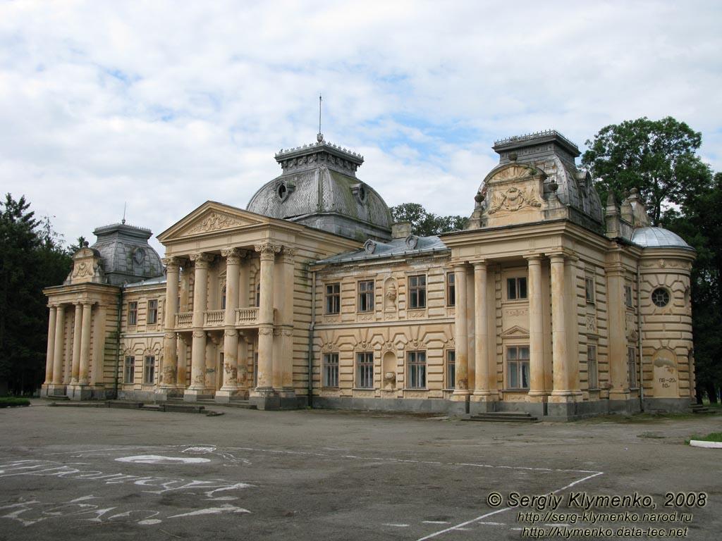 Коропець, Тернопільська область. Палац графа Бадені, 1883 рік.Фото Клименко Сергія
