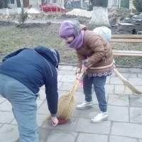 Прибирання в смт.Микулинці (2)