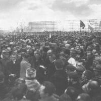 Урочиста маніфестація з нагоди проголошення Акта Злуки УНР і ЗУНР на Софійській площі в Києві. 22 січня 1919 р.