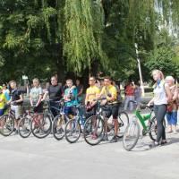 До нашого спортивного заходу приєдналися учасники велоклубу з Борщева.