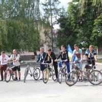 Молодь навколишніх сіл підтримали ідею.
