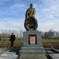 Братська могила в с. Шестакове