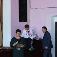 Вручення грамоти члену виконавчого комітету Війтовецької селищної ради Губай Г.А.