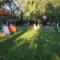 Для проведення дитячого дозвілля на території ради облаштовано шість  сучасних дитячих майданчиків