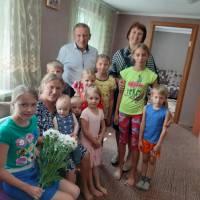 Нагородження орденом Матері-Героїні: Прус Оксани Валеріївни, Воробей Надії Федорівни