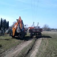 Прибирання кладовища (6)