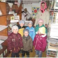 Дитячий садок знайомиться з бібліотекою