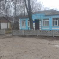 Новий паркан в селі Довжик