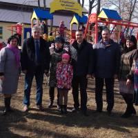встановлений дитячий майданчик від народного депутата О.М.Кодоли