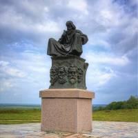 Пам'ятник Нестору-літописцю