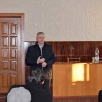 голова Чернігівської райради на зборах в с.Іванівка