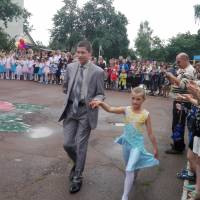 Йдуть випускники...Сиротенко Костянтин