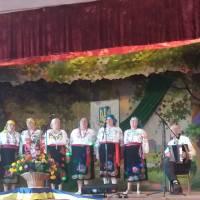 На сцені ветерани- колектив Савинківського сільського клубу