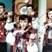 Vioristi ai orchestrei Trandafir