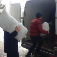 Завантаження гуманітарної допомоги