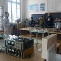 У хімічній лабораторії