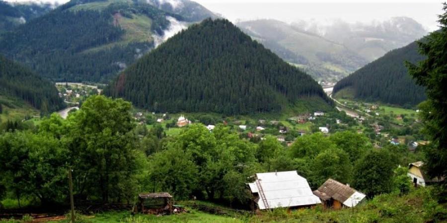 Гора Гича с. Усть-Путила