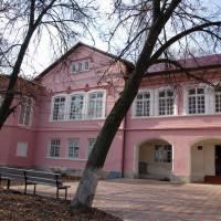 Пам'ятка архітектури ХІХ століття – палац барона де Зотта у с.Вікно