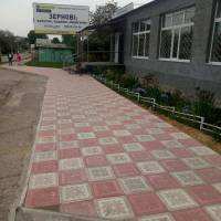 Ремонт тротуару на перехресті вулиць Соборної та Героїв АТО.