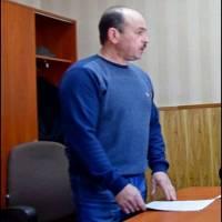 Яротник Едуард Анатолійович- сільський голова(проведення засідання сесії ради)
