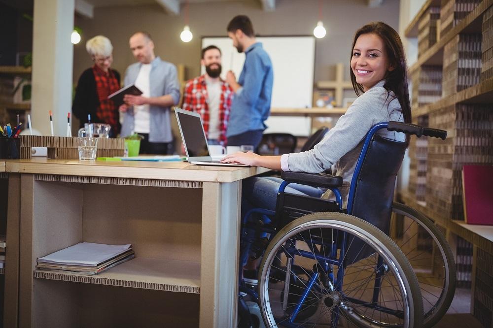 Про застосування праці осіб з інвалідністю