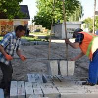 Капітальний ремонт площі поблизу СТ «Асторія»
