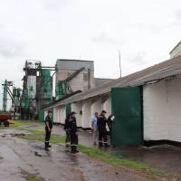 Рятувальниками проведено рейд по місцях заготівлі, зберігання і переробки зерна