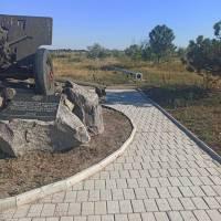 У ніч на 3 серпня на території Меморіального комплексу 412 батареї стався акт псування та крадіжки майна громади.