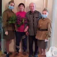 Шановні жителі!  Прийміть щирі вітання з 75-ю річницею Перемоги у Великій Вітчизняній війні!