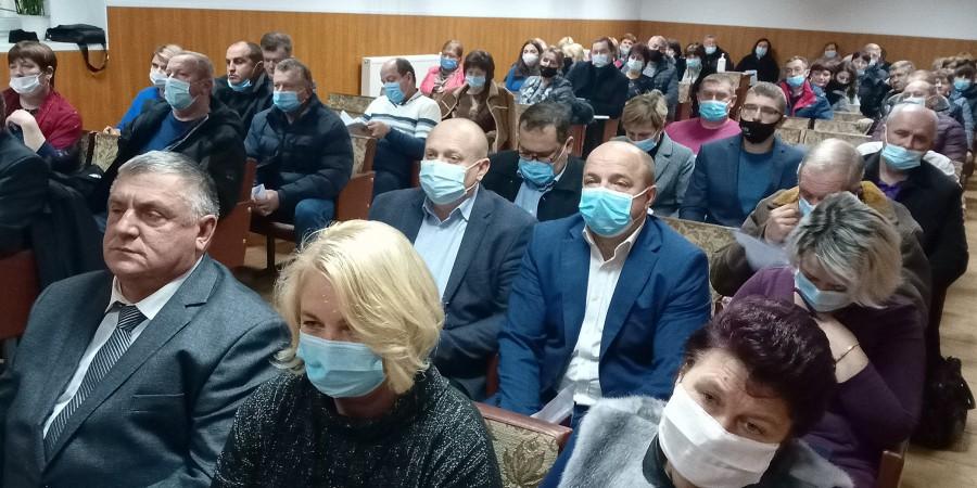 18 листопада 2020 року відбулась перша сесія новообраної Брусилівської селищної ради Житомирського району Житомирської області восьмого скликання.