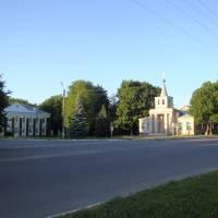 Центр Машівки влітку